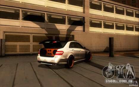 Mercedes Benz E63 DUB para GTA San Andreas vista traseira