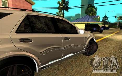 Mercedes-Benz ML63 AMG W165 Brabus para as rodas de GTA San Andreas