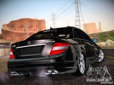 Mercedes-Benz S63 AMG para GTA San Andreas esquerda vista