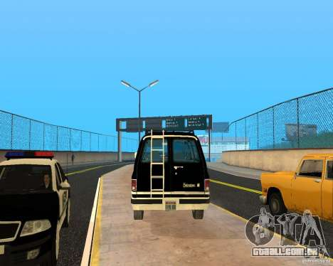 Сhevrolet 1986 Suburban para GTA San Andreas vista direita