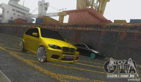 BMW X5M Gold Smotra v2.0 para GTA San Andreas traseira esquerda vista