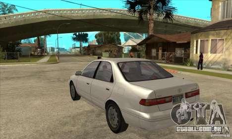Toyota Camry 2.2 LE 1997 para GTA San Andreas traseira esquerda vista
