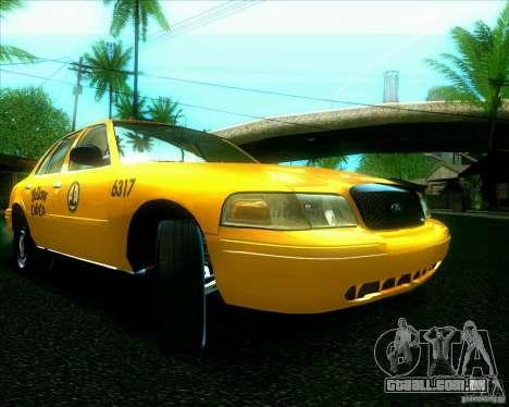 Ford Crown Victoria 2003 TAXI para GTA San Andreas esquerda vista