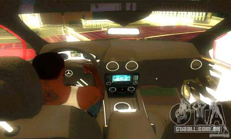 Mercedes-Benz ML500 para GTA San Andreas vista traseira