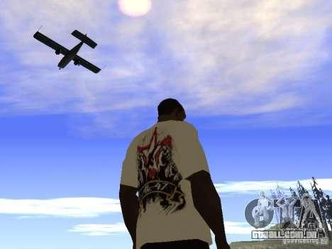 NoGGano228 t-shirt e AK 47 para GTA San Andreas quinto tela