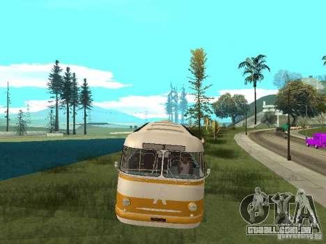 LAZ 695E para GTA San Andreas traseira esquerda vista
