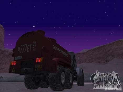 Caminhão de combustível KrAZ-255 para GTA San Andreas traseira esquerda vista