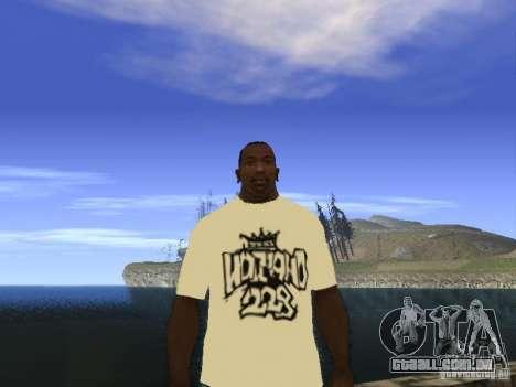 NoGGano228 t-shirt e AK 47 para GTA San Andreas