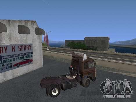 5551 MAZ Kolkhoz para GTA San Andreas traseira esquerda vista