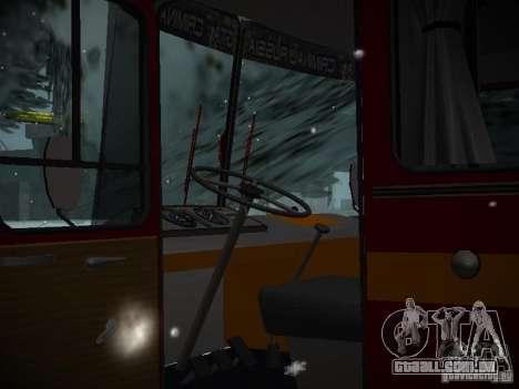 LAZ 699N para GTA San Andreas vista interior