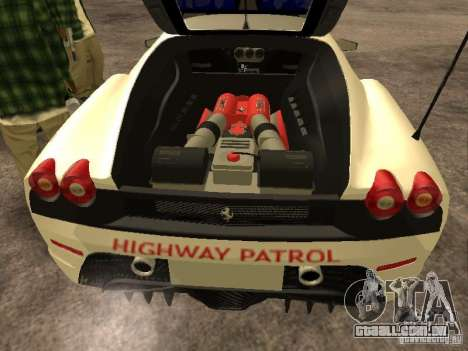 Ferrari Scuderia Indonesian Police para GTA San Andreas vista interior