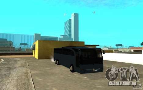 Mercedes-Benz Travego para GTA San Andreas esquerda vista