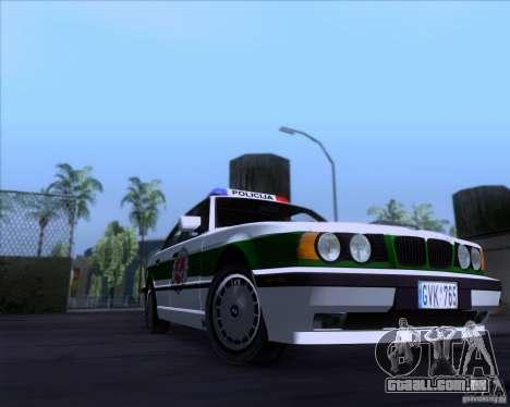 BMW E34 Policija para GTA San Andreas traseira esquerda vista
