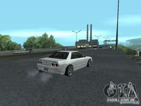 Nissan Skyline R32 Zenki para GTA San Andreas vista traseira