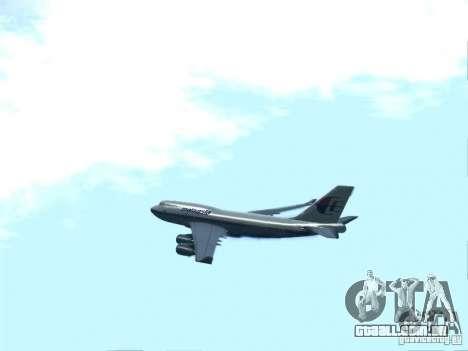 Boeing 747-400 Malaysia Airlines para GTA San Andreas esquerda vista