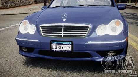 Mercedes-Benz C32 AMG 2004 para GTA 4 vista superior