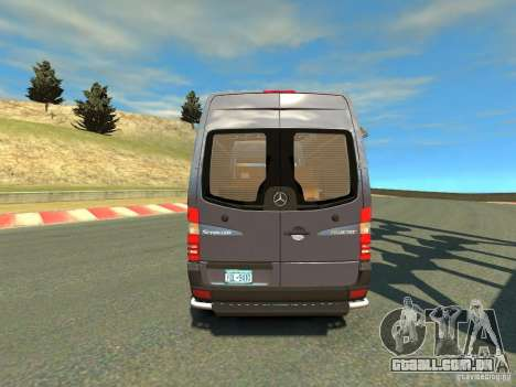 Mercedes-Benz Sprinter 2500 para GTA 4 vista direita