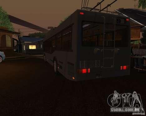 MAZ 103Т são oferecidos para GTA San Andreas traseira esquerda vista