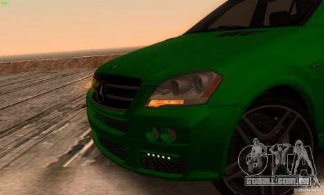 Mercedes-Benz ML63 AMG Brabus para GTA San Andreas vista traseira
