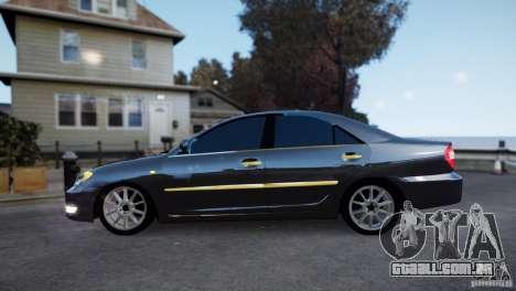 Toyota Camry 2004 para GTA 4 esquerda vista