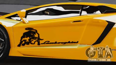 Lamborghini Aventador LP700-4 2012 para GTA 4 vista direita