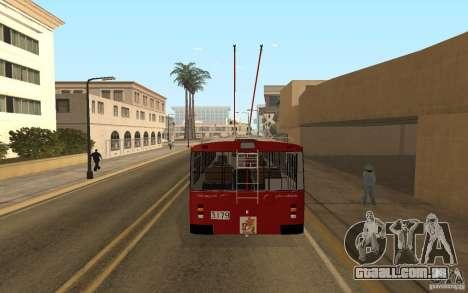 ZiU 682 para GTA San Andreas vista direita