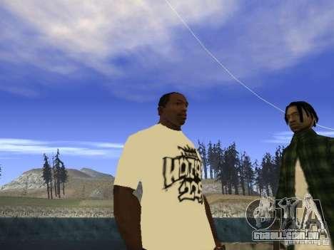 NoGGano228 t-shirt e AK 47 para GTA San Andreas segunda tela