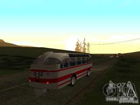 LAZ 697E turística para GTA San Andreas vista direita