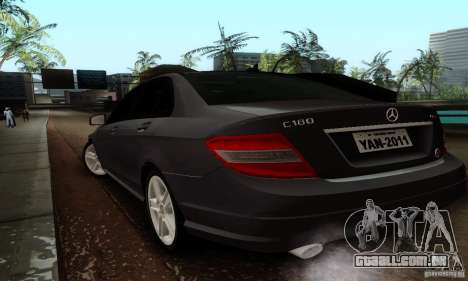 Mercedes-Benz C180 para GTA San Andreas traseira esquerda vista