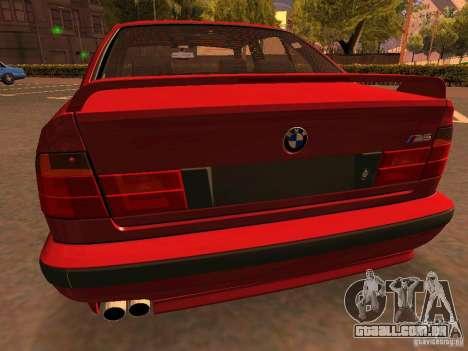 BMW M5 E34 para GTA San Andreas vista inferior