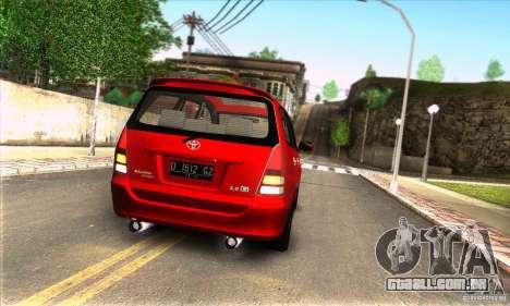 Toyota Kijang Innova 2.0 G para GTA San Andreas vista direita
