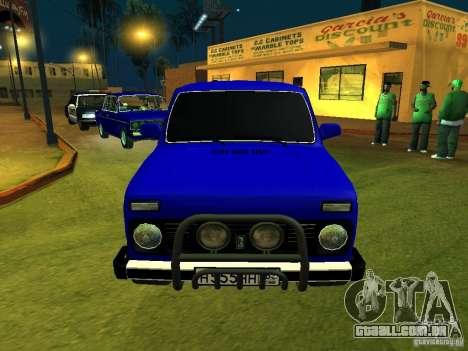VAZ 21214 Niva para GTA San Andreas esquerda vista