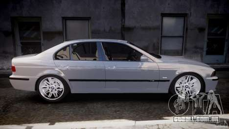 BMW M5 E39 Stock 2003 v3.0 para GTA 4 vista lateral