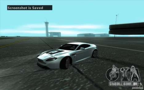 Aston Martin V12 Vantage para vista lateral GTA San Andreas