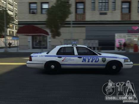 Ford Crown Victoria NYPD 2012 para GTA 4 vista de volta