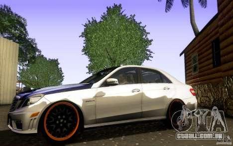 Mercedes Benz E63 DUB para GTA San Andreas esquerda vista