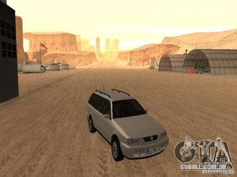 Volkswagen Passat B4 para GTA San Andreas esquerda vista