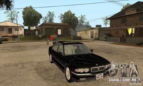 BMW E38 750IL para GTA San Andreas vista traseira