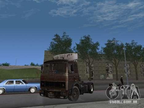 5551 MAZ Kolkhoz para GTA San Andreas esquerda vista