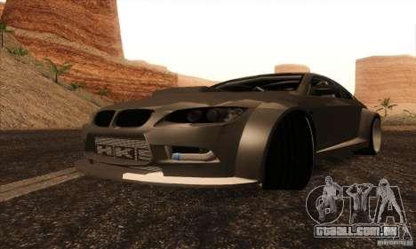 BMW M3 E92 Tuned v2 para GTA San Andreas traseira esquerda vista