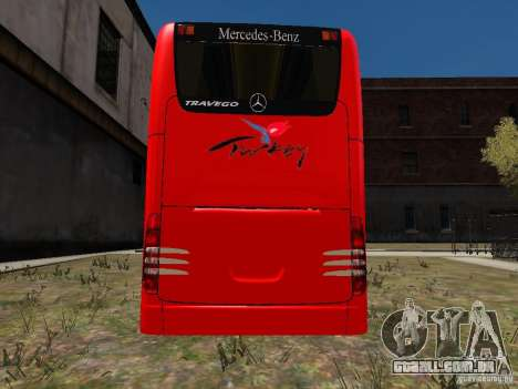 Mercedes Travego para GTA 4 vista direita