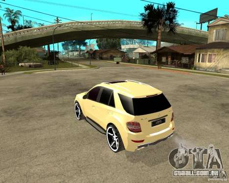 Mercedes-Benz ML 63 AMG para GTA San Andreas esquerda vista