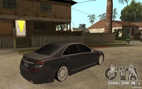 Mercedes-Benz S500 para GTA San Andreas vista direita