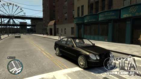 Mercedes-Benz E55 W211 para GTA 4 vista de volta