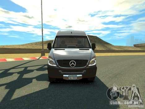 Mercedes-Benz Sprinter 2500 para GTA 4 esquerda vista