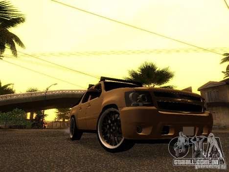 Chevrolet Avalanche Tuning para GTA San Andreas esquerda vista