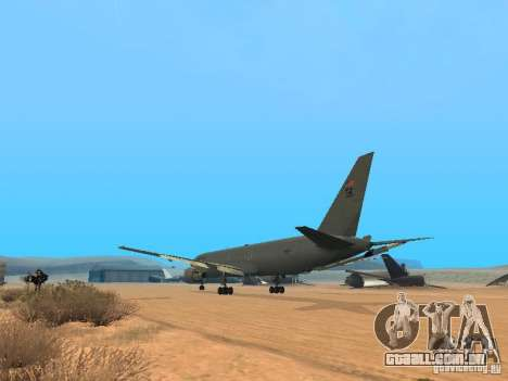 Boeing KC767 U.S Air Force para GTA San Andreas traseira esquerda vista