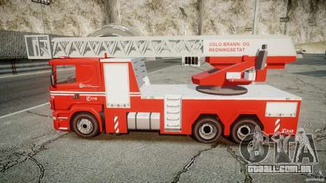 Scania Fire Ladder v1.1 Emerglights blue-red ELS para GTA 4 vista direita