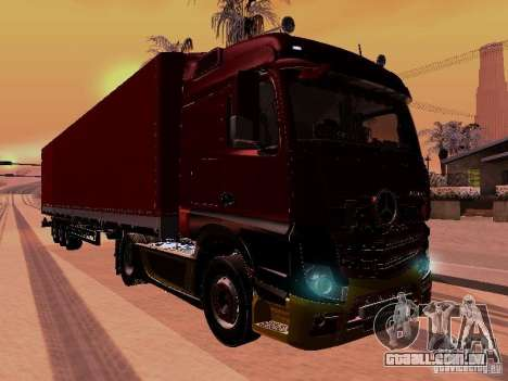 Mercedes Benz Actros MP4 para GTA San Andreas vista interior