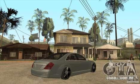 Mercedes Benz Panorama 2011 para GTA San Andreas vista direita